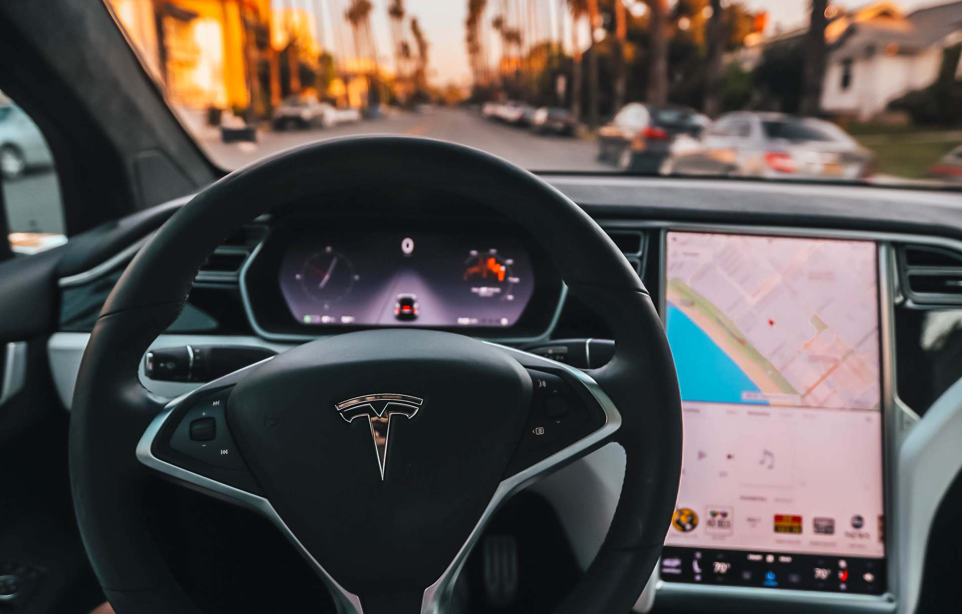 Learn how to drive a Tesla Driving School Florida